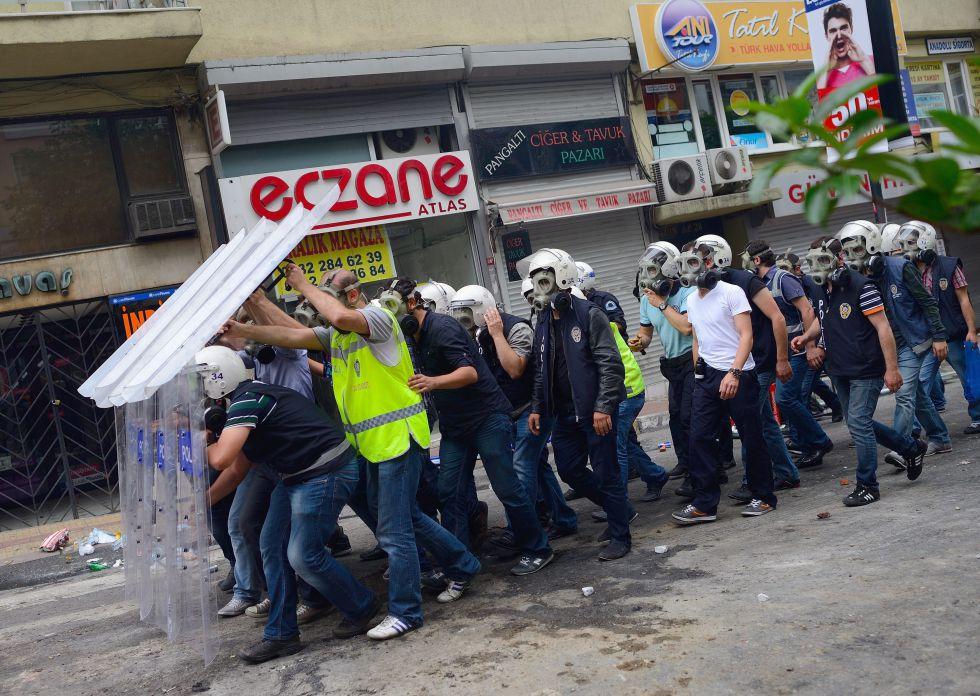 Turquía. Protestas, malestar  social, democracia, represión del gobierno. - Página 2 1371400204_341614_1371402200_album_normal